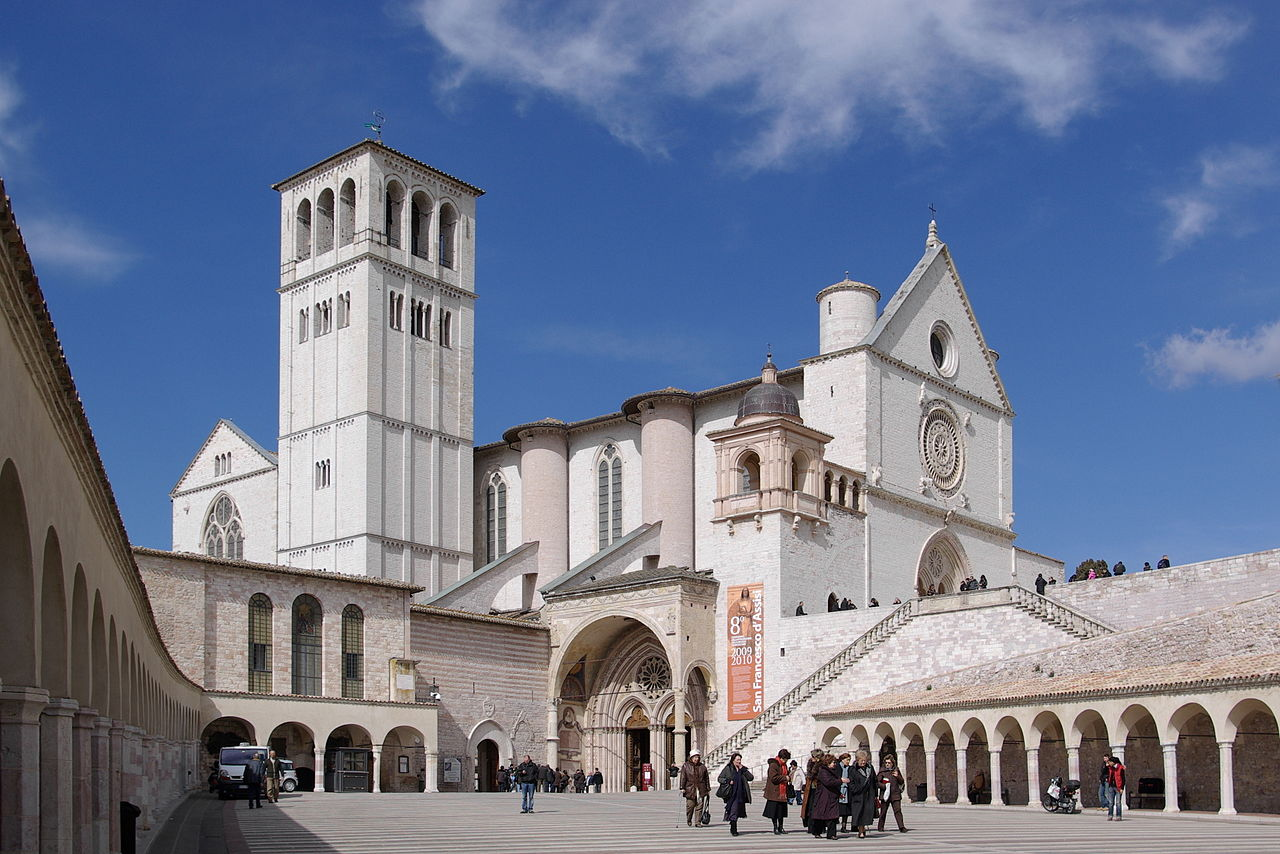 The Lower and Upper basilicas and the portico