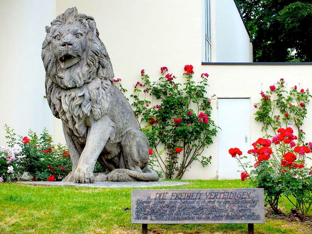 Garden of Cardinal Wendel House