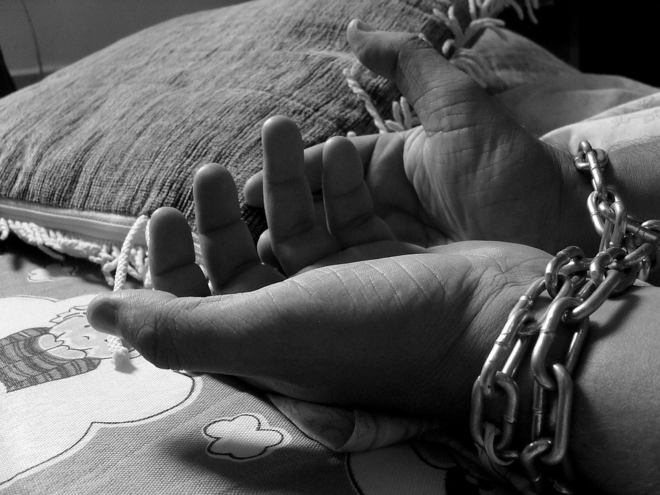 عناوين نشرة الثلاثاء 27 تموز 2021: الرعاية ضد الاتجار بالبشر